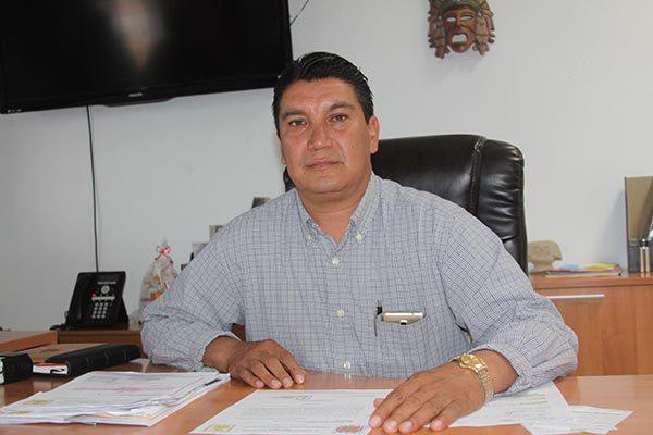 Soluciona alcalde de Nativitas las demandas de agua y drenaje