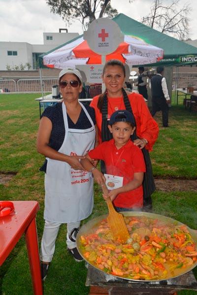 Deliciosas paellas en el Festival de la Cruz Roja