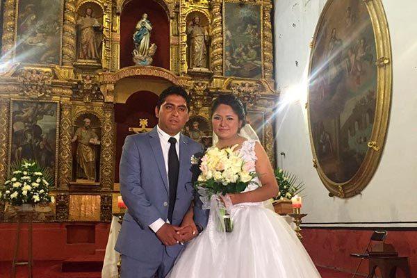 Se casan Marisol y Josué