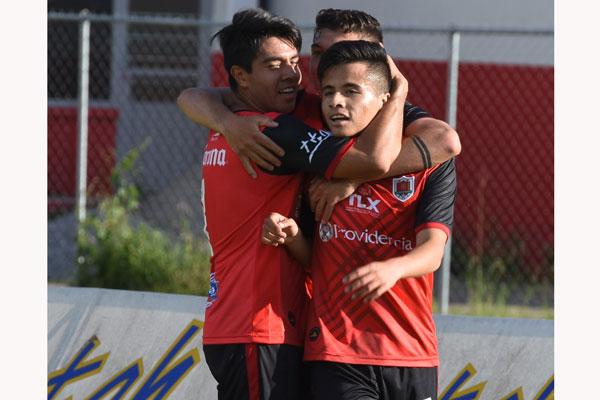 Al minuto 20, Josué Mercado fusiló de derecha al portero visitante. / Everardo NAVA