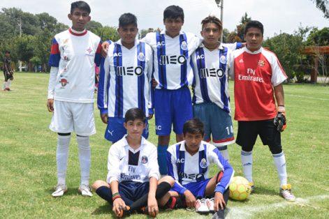 Barcelona se proclamó campeón del evento de futbol organizado con motivo del Día Internacional de la Juventud en Zacatelco. / Everardo NAVA