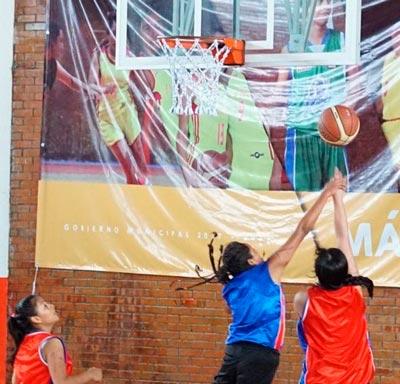 Las féminas también destacaron en los encuentros del evento deportivo, pero también en el concurso de tiros de tres puntos. /Fabiola VÁZQUEZ