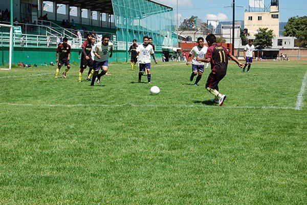 Empatan La Concha y Chelsea FC en Chiautempan