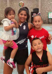 La seleccionada nacional Gabriela Peña Flores participa en la XV Copa Amigos en Tetla. /Everardo NAVA