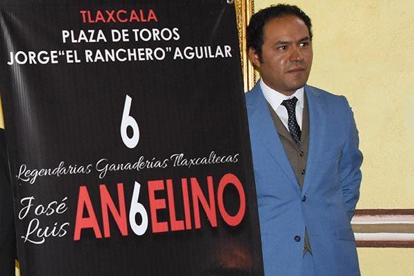 Melancólico, Angelino guarda recuerdosde su padre y lucha entre sentimientos encontrados
