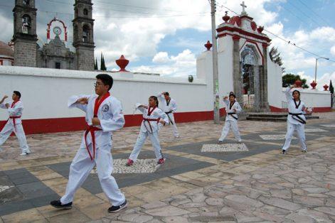 Agilidad y destreza son parte fundamental de los deportistas de taekwondo