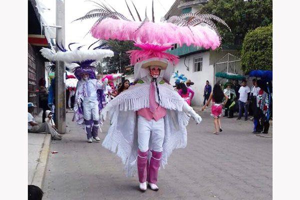 Se presentarán grupos de  danza sudamericanos en  la feria de San Lorenzo Axocomanitla