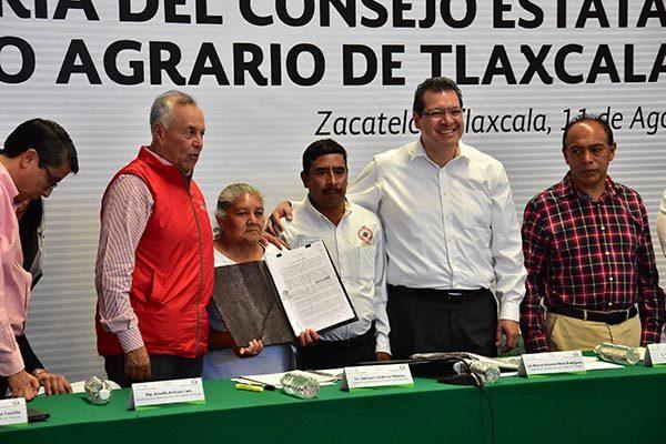 Los gobiernos federal y local firmaron el Convenio de Modificación del Consejo de Desarrollo Agrario Tlaxcala. / Héctor LORENZO