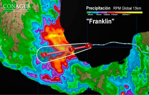"""Coordina Protección Civil acciones preventivas por huracán """"Franklin"""""""