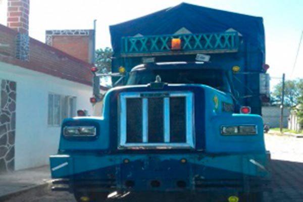 Recupera CES unidad de transporte de carga en Tzompantepec