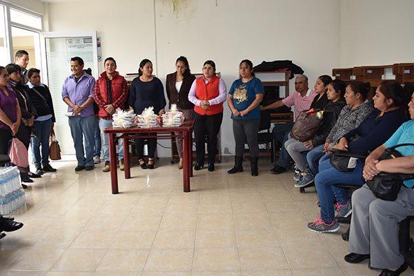 """Imparte ayuntamiento de Zacatelco """"curso de ofimática"""""""