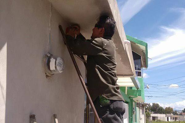 Ante el incremento de robos instala Comuna alarmas en Loma Florida, Apizaco
