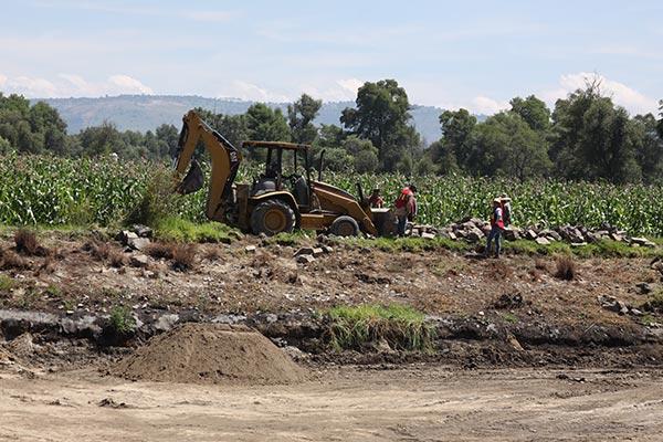 """En el predio """"Aite"""", de la comunidad de Villalta, una empresa inició la primera etapa de la construcción de la planta de tratamiento de aguas residuales, con una inversión de 10 millones de pesos. /Tomás BAÑOS"""