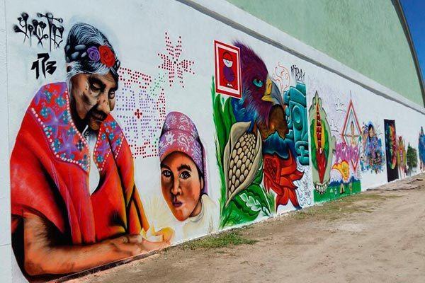 Festejan con grafiti y rock Día de los Pueblos Indígenas en Ixtenco