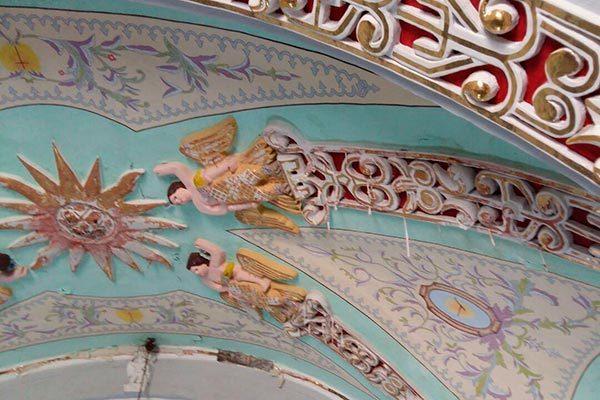 Sufre iglesia daños estructurales por presunta negligencia del INAH