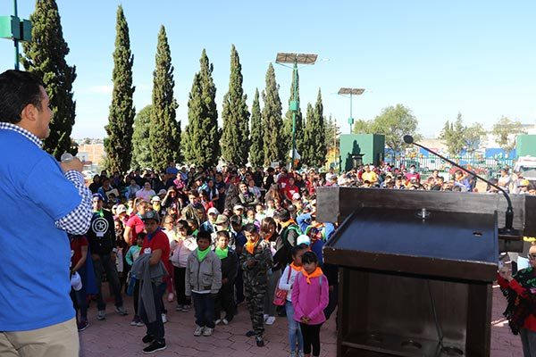 Cientos de infantes participan en curso de verano del DIF municipal de Apizaco