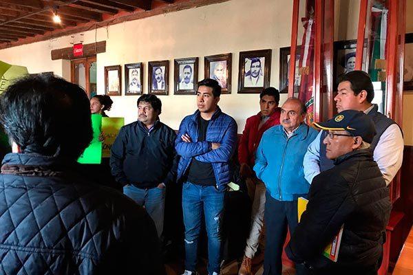 El Consejo Ciudadano por Tlaxcala mostró su inconformidad ante la negativa del presidente municipal de Chiautempan de recibirlos e informar los egresos y egresos de l alcaldía. /Moisés MORALES