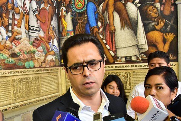 Sepe no está en condiciones de reinstalar a los maestros cesados, reitera Camacho