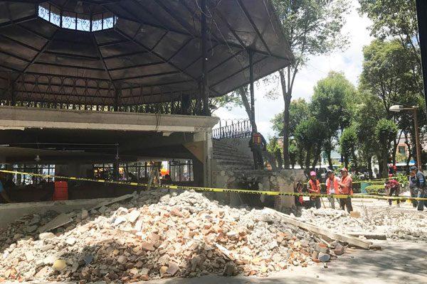 Remodela comuna kiosco del parque Cuauhtémoc en Apizaco