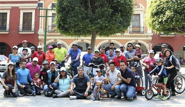 Presenta capital convocatoria al premio municipal de la juventud