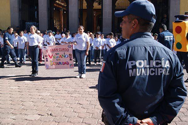 Celebra Comuna de Tlaxco curso de prevención del delito