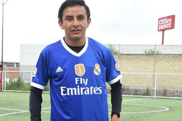 Xochi juega en el  fútbol competitivo  desde los 14 años