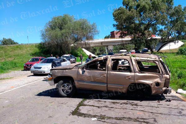 Volcadura en El Molinito deja como saldo una mujer lesionada
