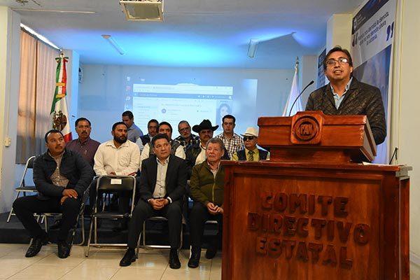 Durante la instalación del consejo Carlos Carreón Mejía aseguró que buscarán impulsar el campo ya que durante muchos años ha sido un sector olvidado. /Jesús LIMA