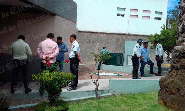 Brinda comuna capitalina apoyo médico a joven arrollada por policía