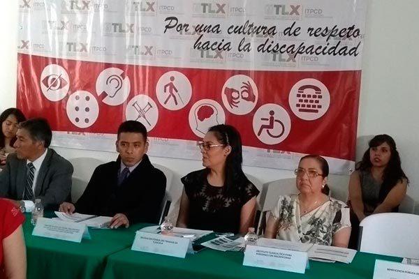 Comprometen autoridades promoción de empleo para personas con discapacidad