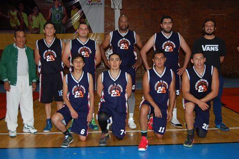 Estrellas Blancas se quedó con el segundo lugar de la justa de basquetbol, al perder con una diferencia de solo ocho puntos en el marcador. / Fabiola VÁZQUEZ