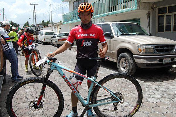 Hace falta apoyo al ciclismo de montaña: Juan Manuel Juárez