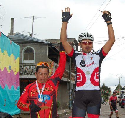 Gana JM Juárez carrera de montaña de Cuahuixmatlac