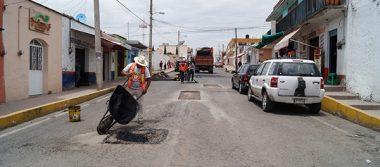 Emprende comuna de Nanacamilpa bacheo  de las calles principales