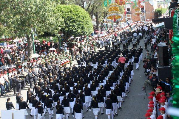 Saldo blanco en festejos patrios de Tlaxcala