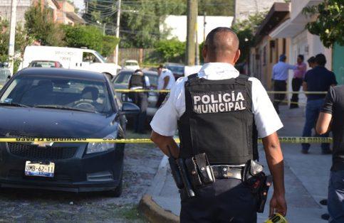 Detienen a autora intelectual y material de triple homicidio en Querétaro