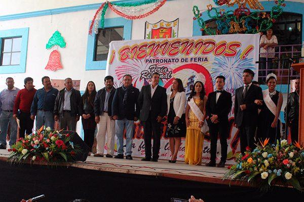 Con colorido desfile inicia la Feria Regional de Nativitas 2017