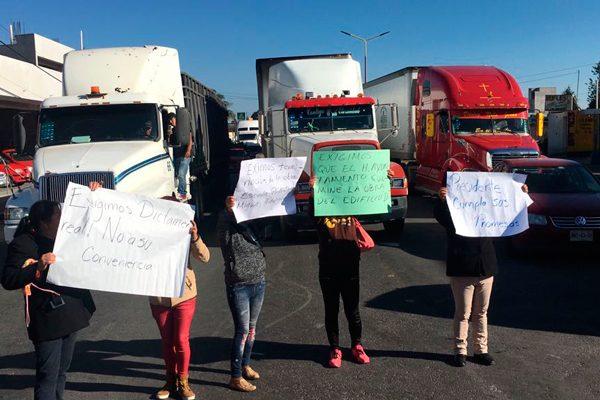 Acuerdan agilizar demolición y acondicionamiento de aulas en Tlaltelulco