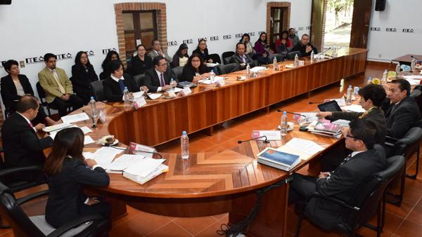 El Instituto Tlaxcalteca de Elecciones avaló ayer el nombramiento de los titulares de dos direcciones y tres áreas técnicas del órgano electoral. /Jesús LIMA