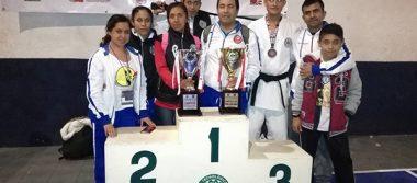 Conquistan tlaxcaltecas el nacional Shotokan Karate Do México