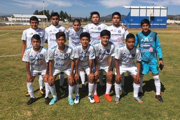 Star Club quitó el invicto a Rafe Club en la cuarta división premier. /Everardo NAVA