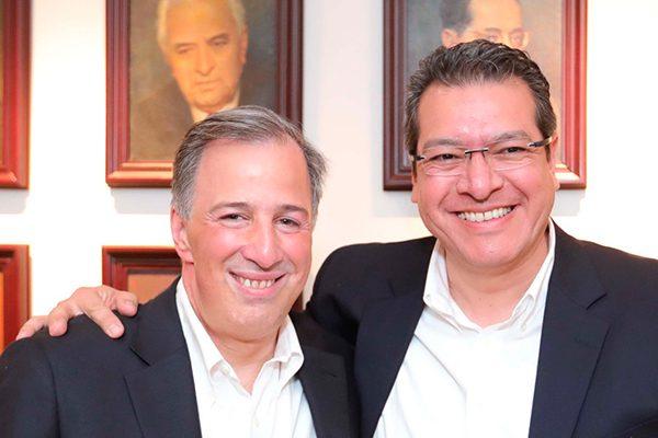 Asiste Marco Mena a registro de José Antonio Meade