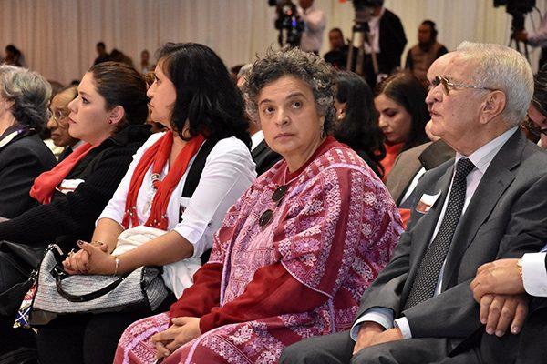 Aportar y sumar para  logar el triunfo del PRI, propone Beatriz Paredes
