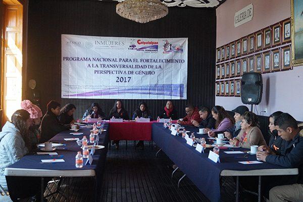 Propone personal del ayuntamiento de Calpulalpan acciones para atender violencia de género