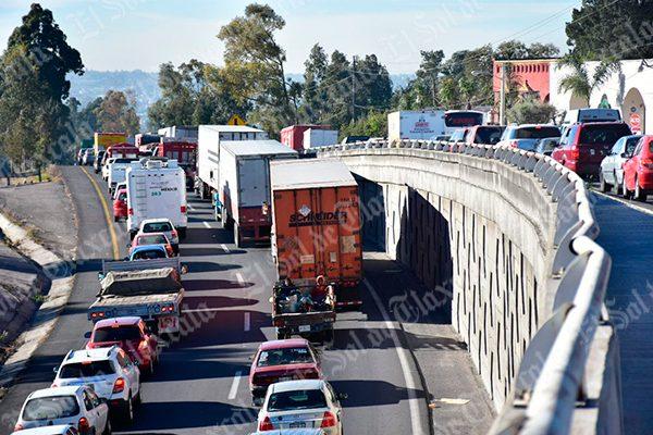 Intenso caos vial y daños materiales provocan tres accidentes en la zona Belén-San Matías