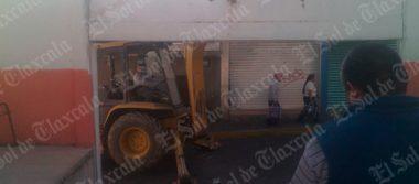 Suspenden paterfamilias demolición de paredes exteriores de escuela primaria