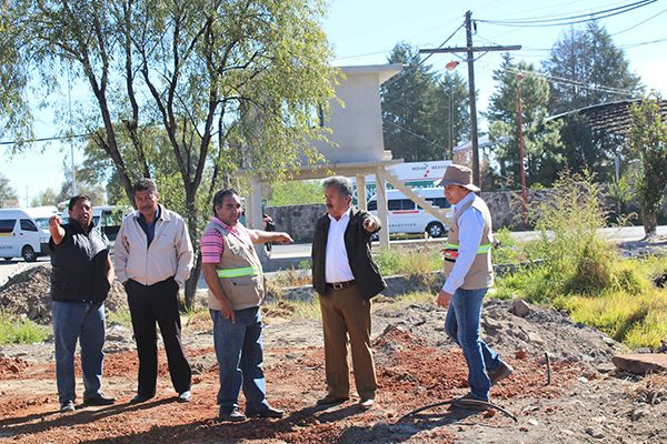 Supervisa alcalde avances de obra de tres colectores pluviales