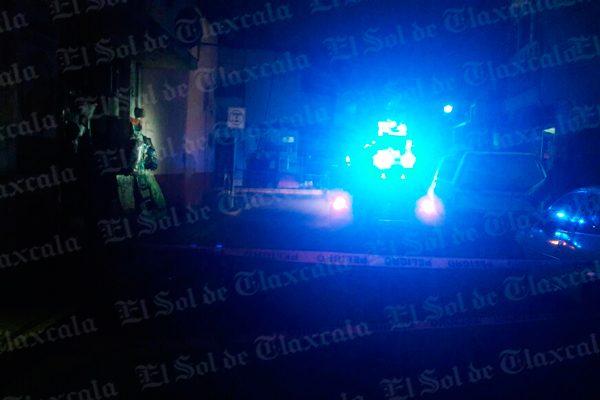 Estalla transformador y deja sin luz a familias de Chiautempan