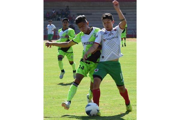 Chapulineros no supo mantener la ventaja que consiguió desde el minuto 56, de ahí que regresó a Oaxaca con una unidad. /  Everardo NAVA