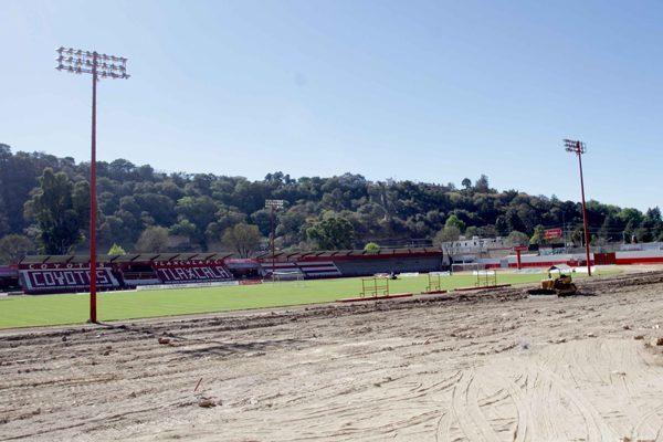 Concluye demolición al interior del estadio Tlahuicole